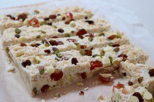 white chrismas dessert