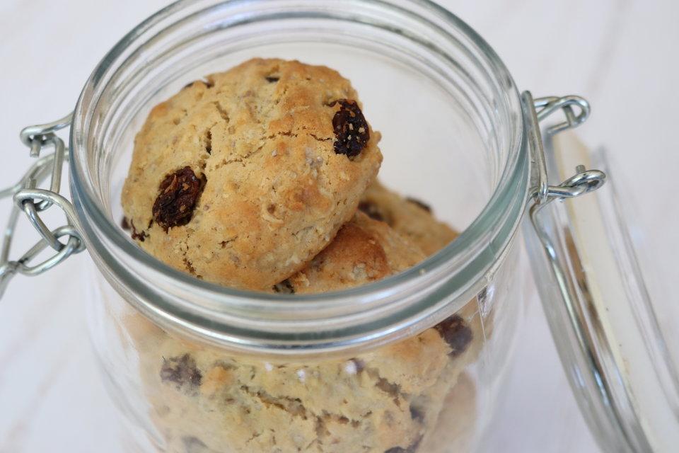 Oat, Sultana & Chia Seed Cookies